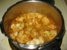 Preparation of cauliflower kulambu